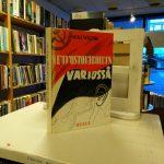 Neuvostovakoilun varjossa (Mika Waltari)