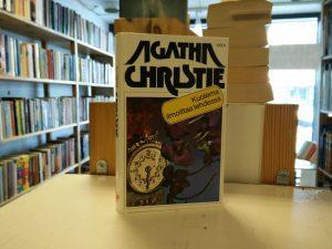 Christie, Agatha - Kuolema ilmoittaa lehdessä