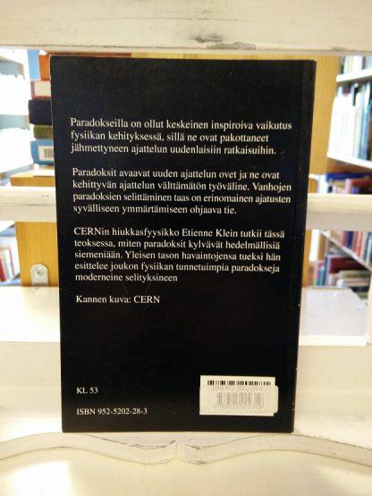 Etienne Klein: Keskusteluja sfinksin kanssa, paradoksien merkitys fysiikassa