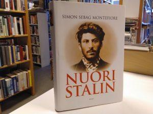 Nuori Stalin (Simon Sebag Montefiore)