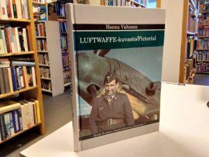 Luftwaffe- kuvasto/Pictorial (Hannu Valtonen)